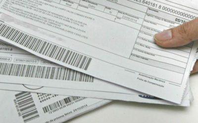A falta de pagamento das parcelas do meu seguro pode resultar na perda da cobertura do meu carro?