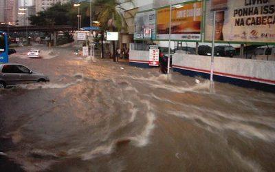 Entenda como funciona a cobertura de enchente no seguro auto